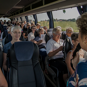 Bustransport med ældre borgere